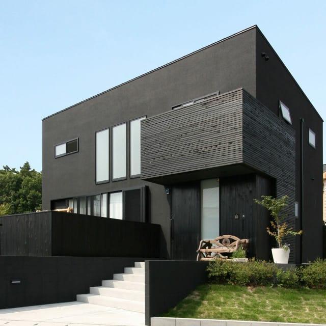 吹抜が開放的な陽だまりの家