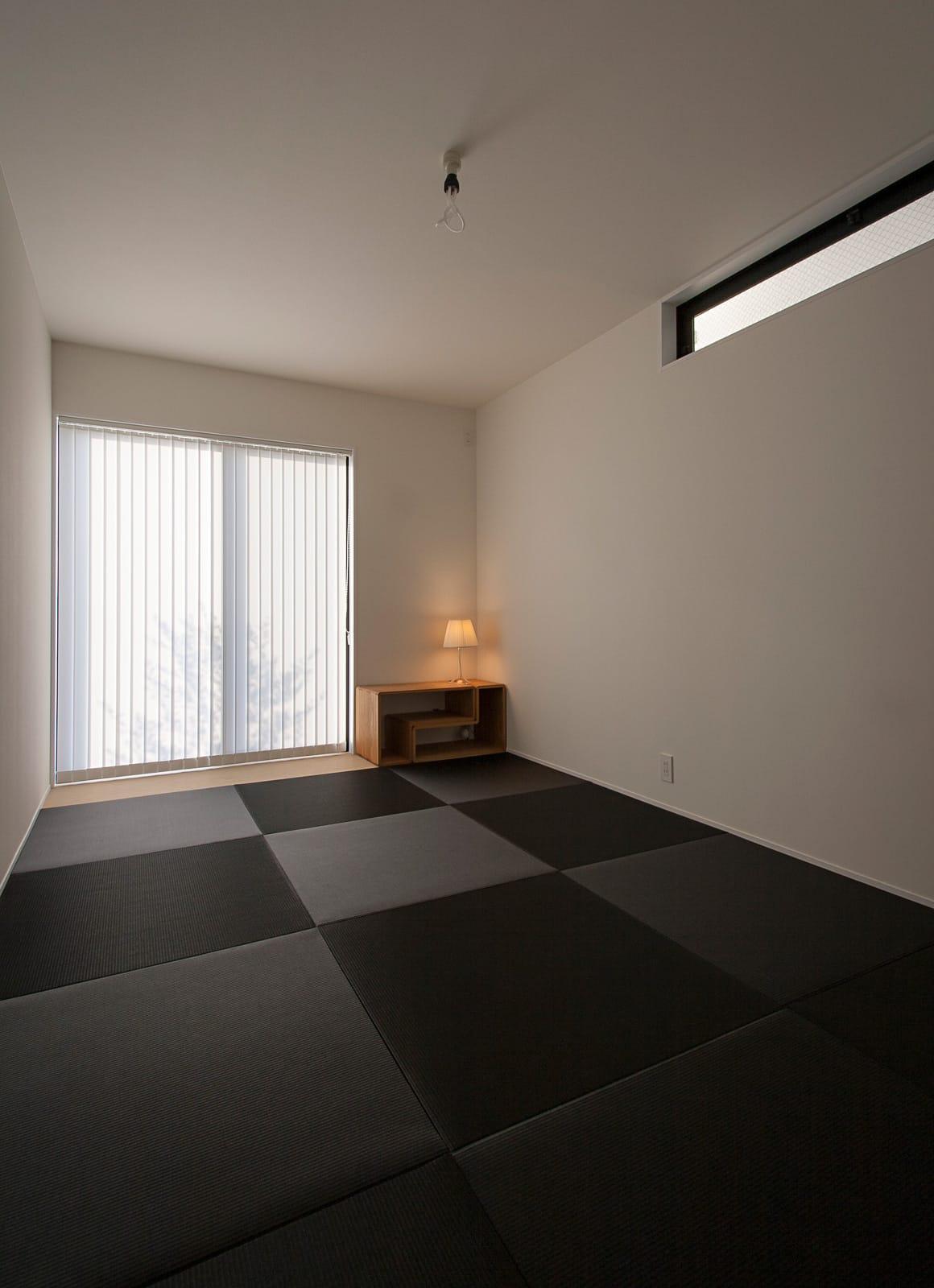 ホワイトキューブハウスの和室1