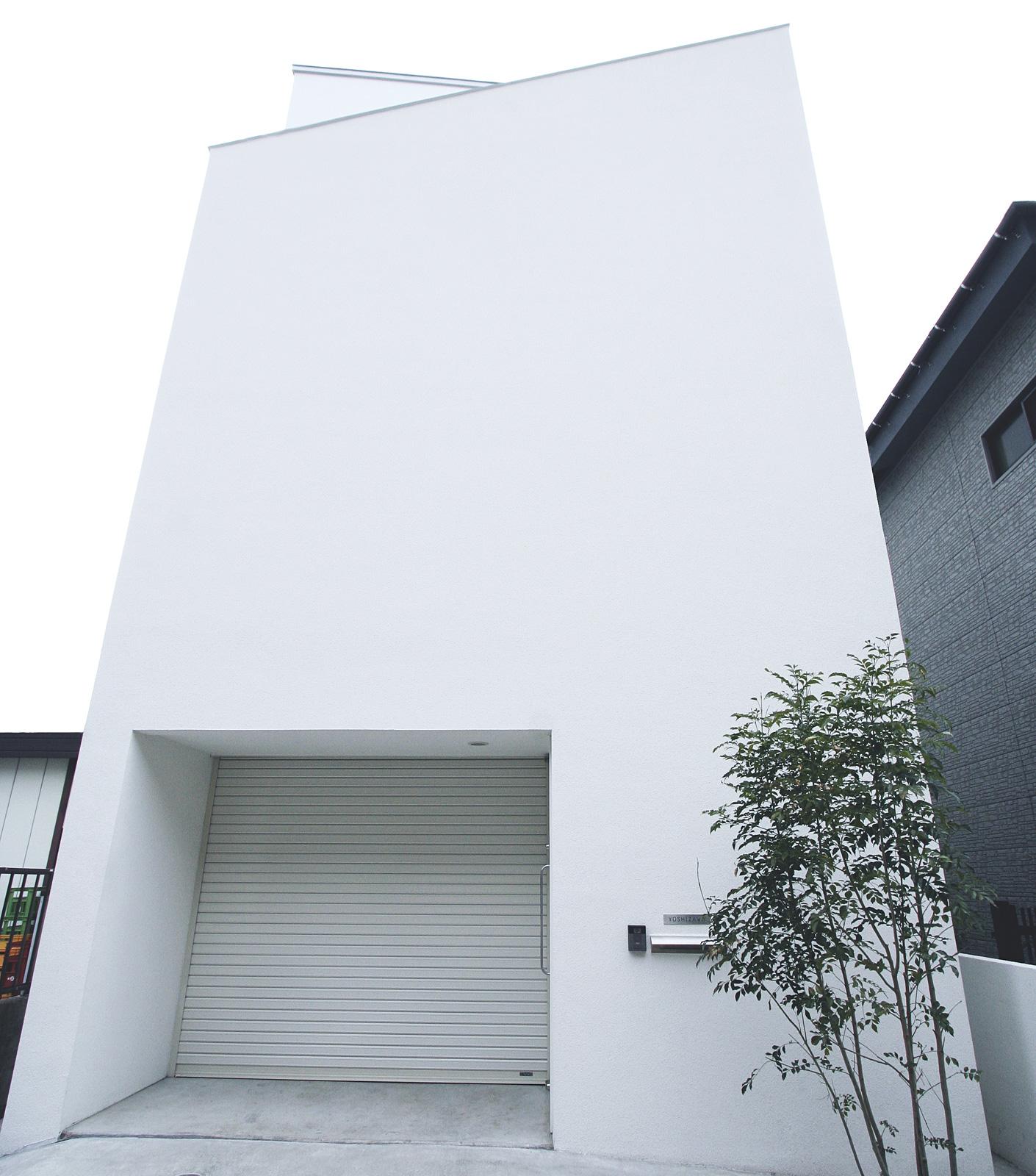 インナーテラスのある明るい住宅の外観2