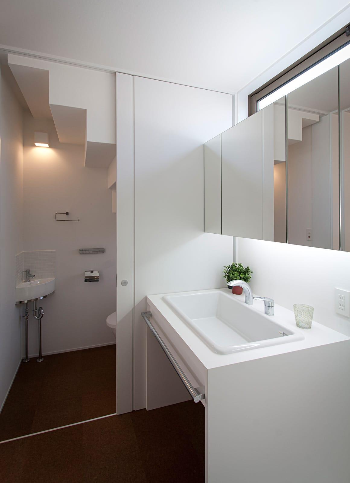 バランスのとれた優等生住宅の浴室・洗面室1