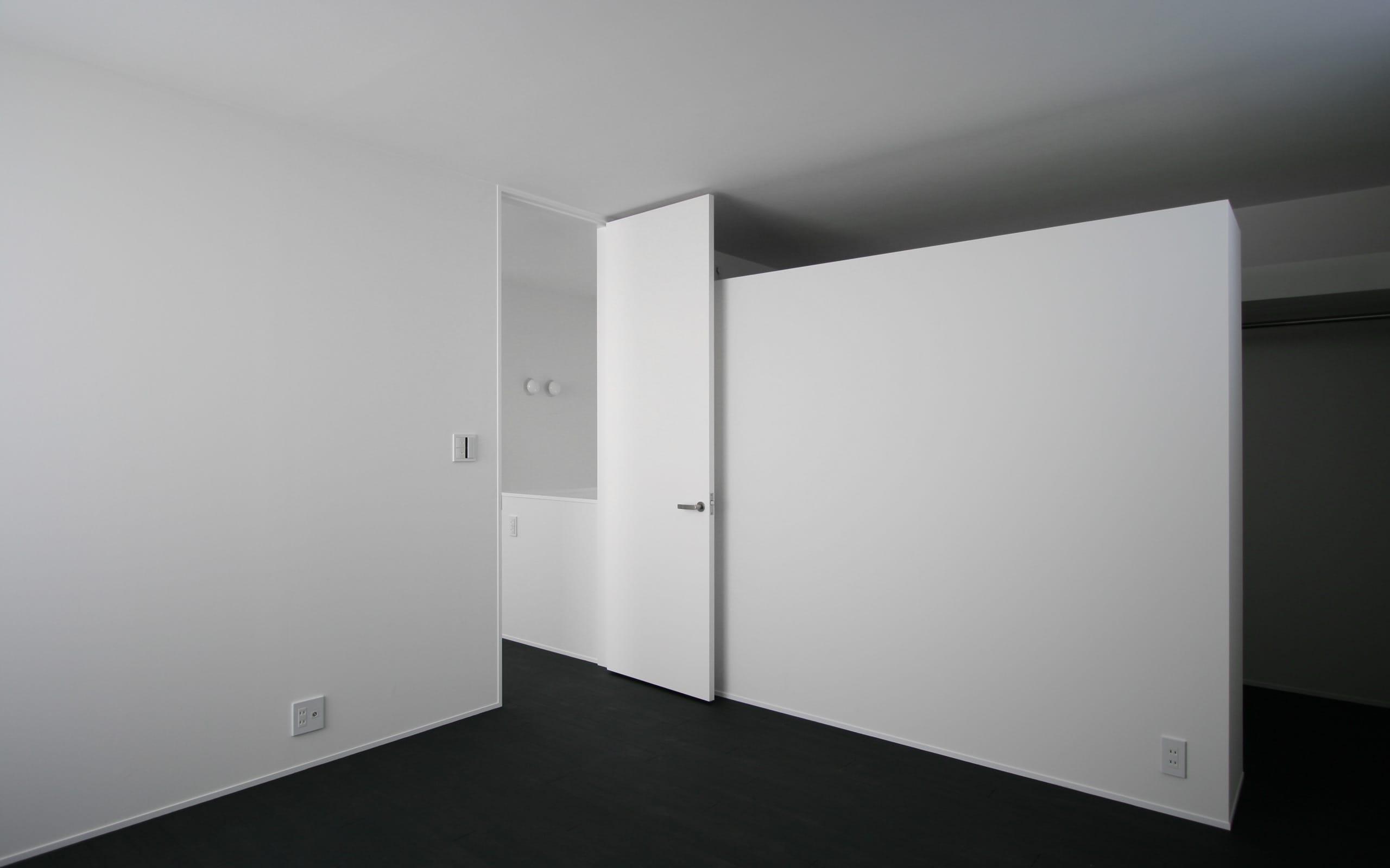 モノトーンハウスの部屋2