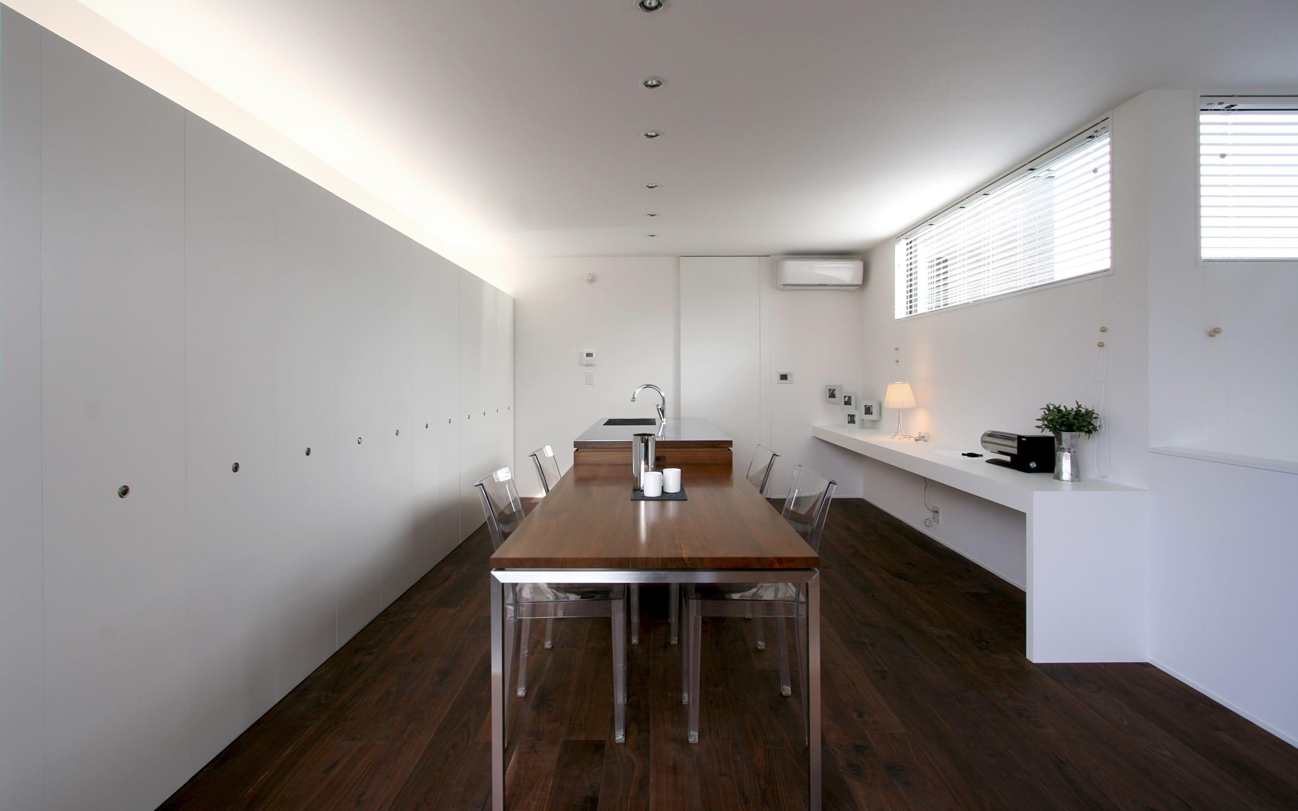 開放的なLDKのあるデザイン住宅のLDK1