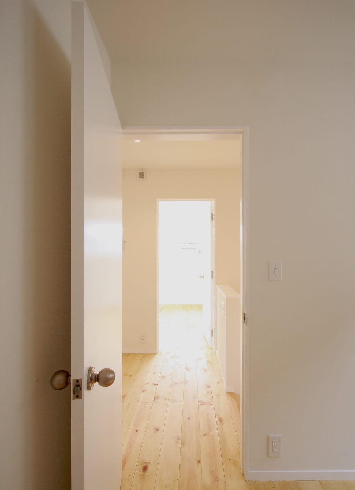 シンプルカントリーの家の部屋2