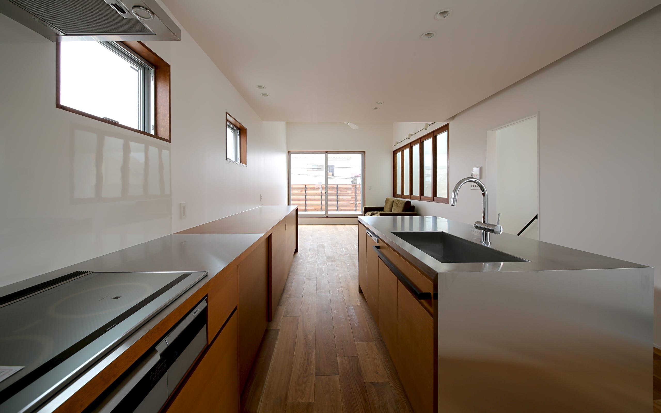 シンプルヴィンテージハウスのキッチン1
