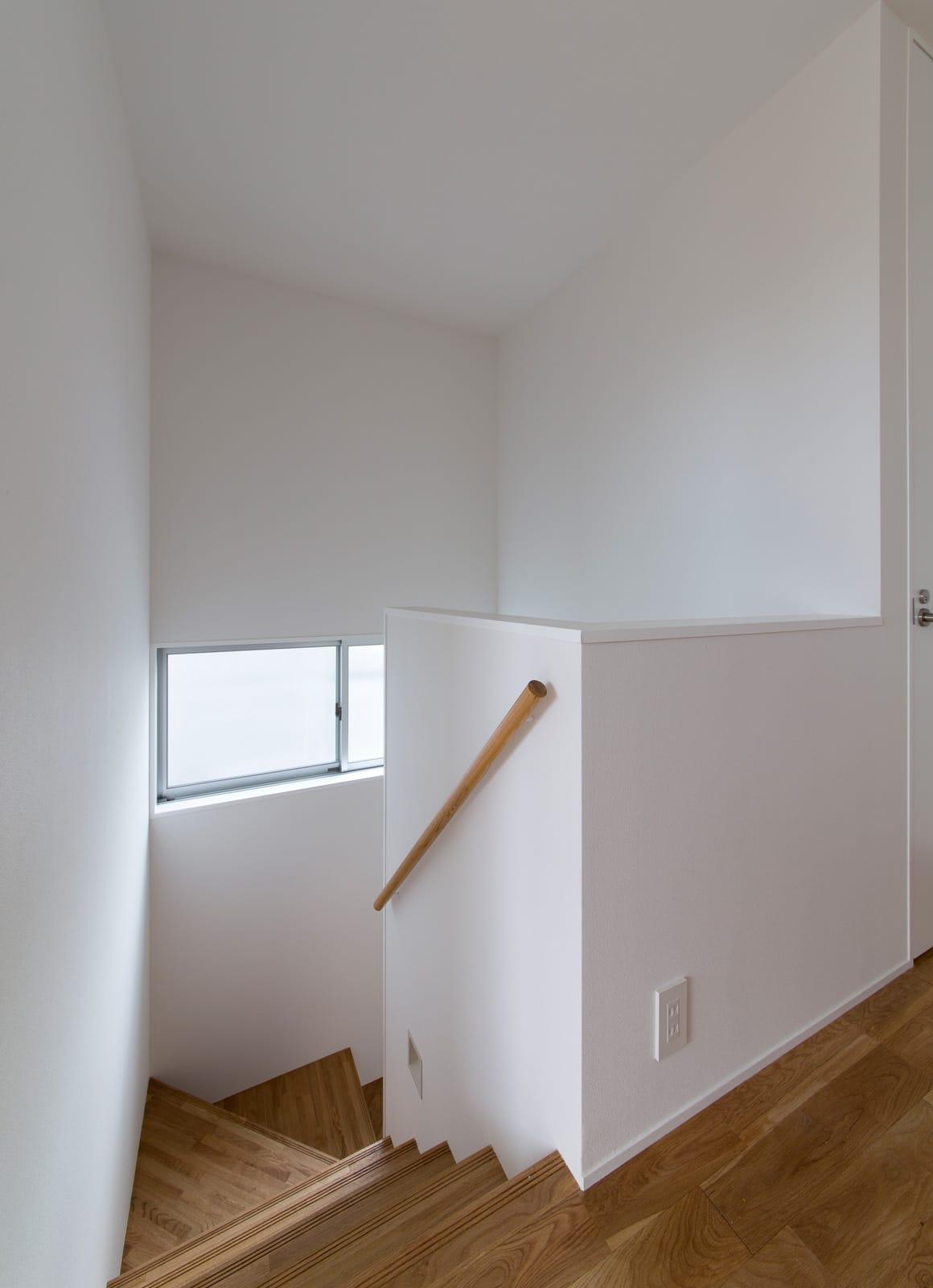 オールドネイビーハウスの階段1