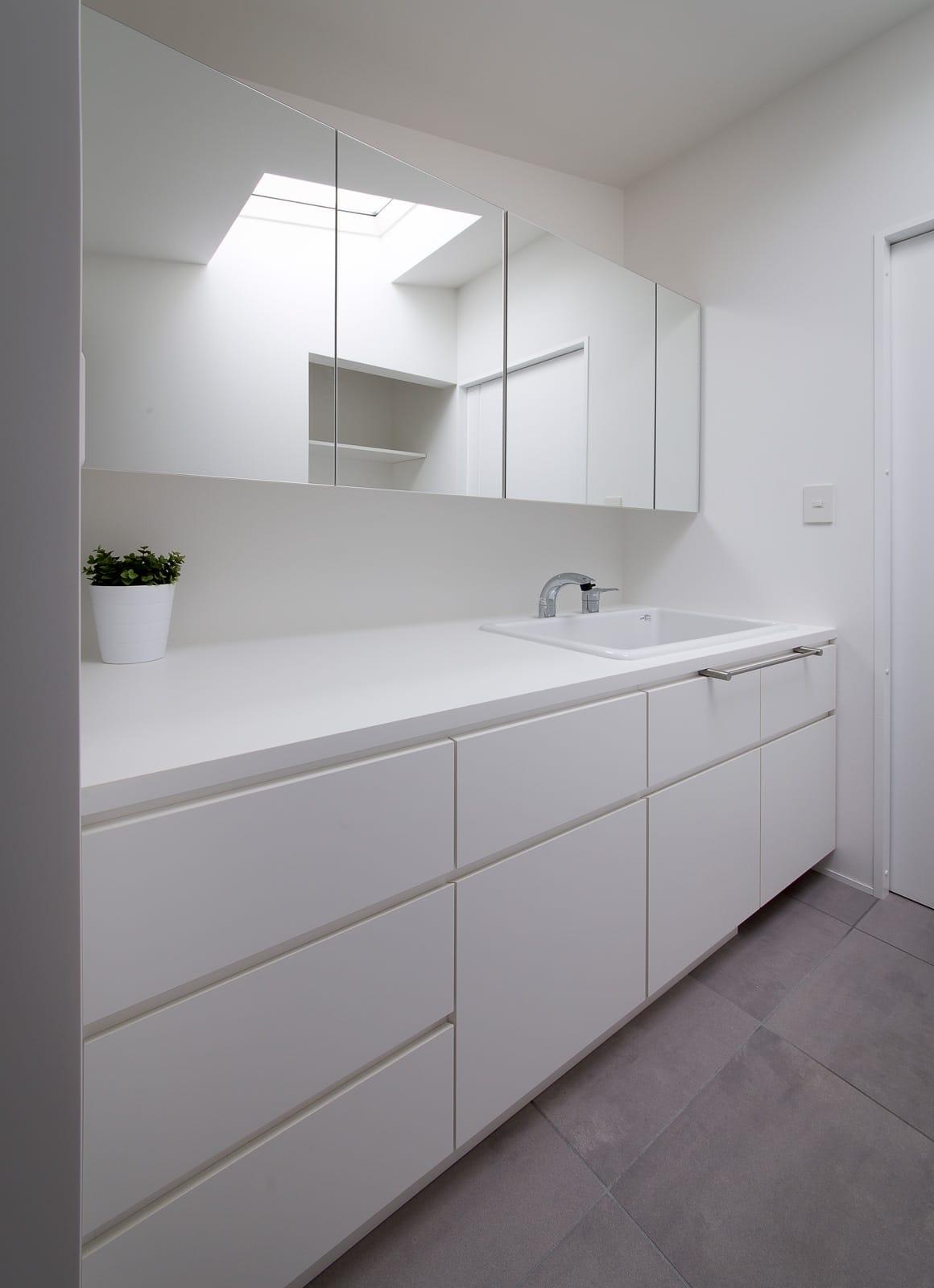 ノスタルジックグリーンハウスの浴室・洗面室3