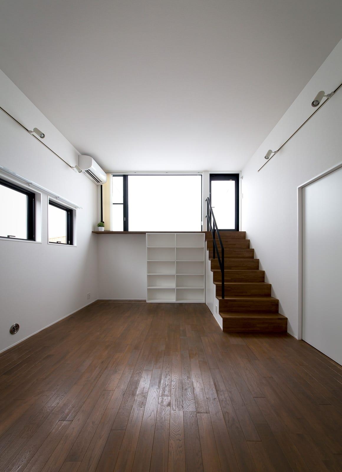 ノスタルジックグリーンハウスの部屋2