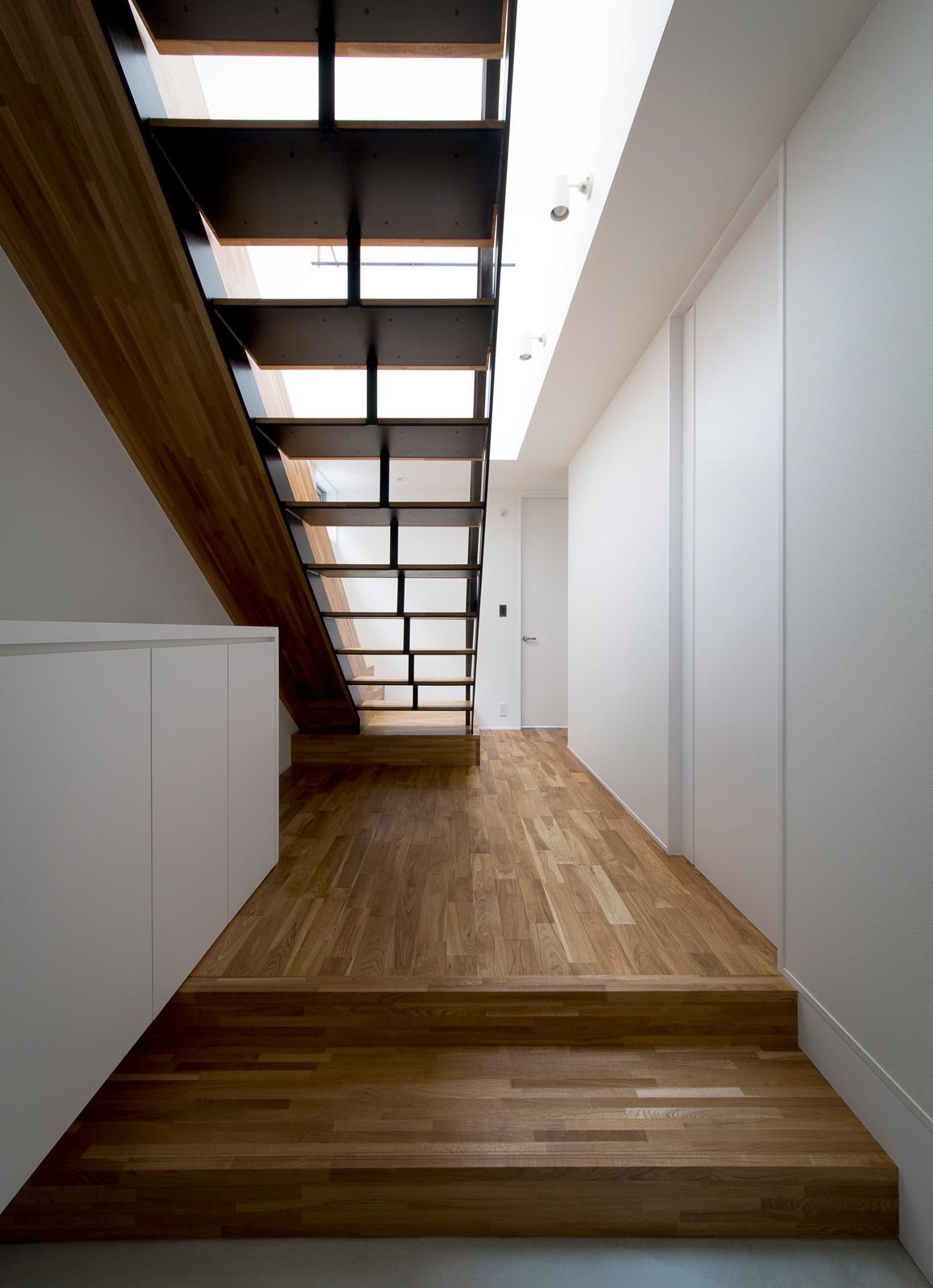 スライダーハウスの階段3