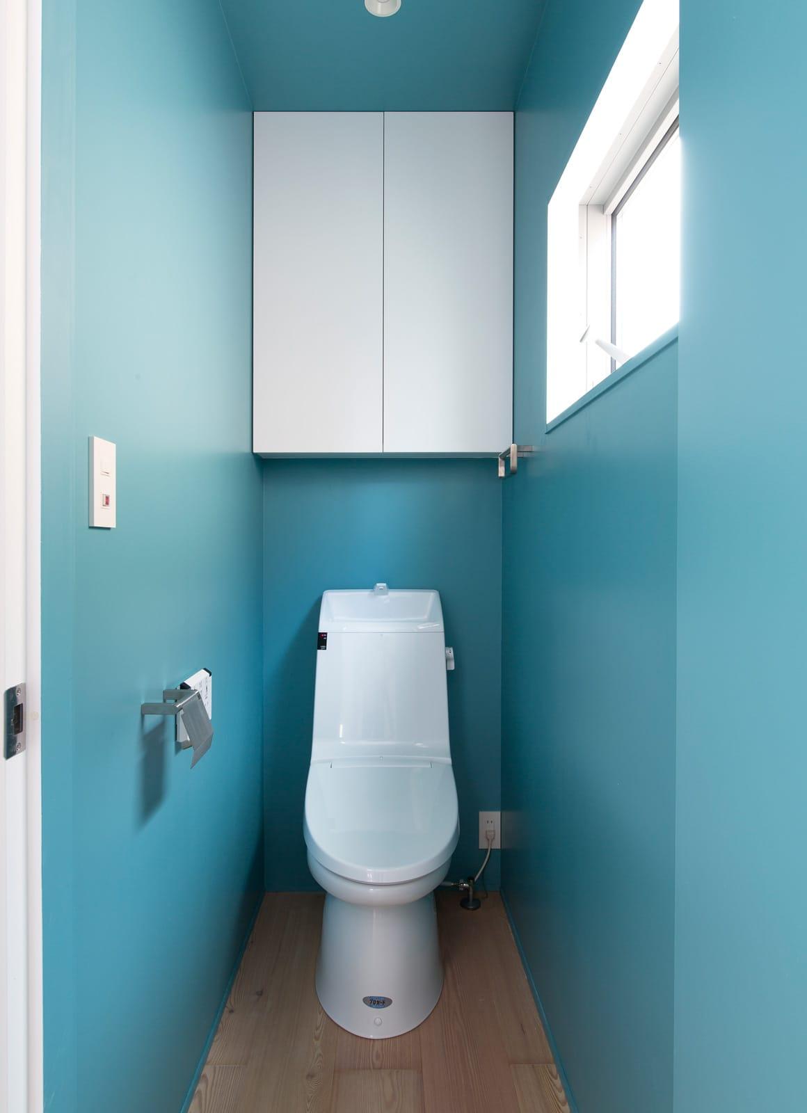 都市型アウトドアハウスのトイレ1