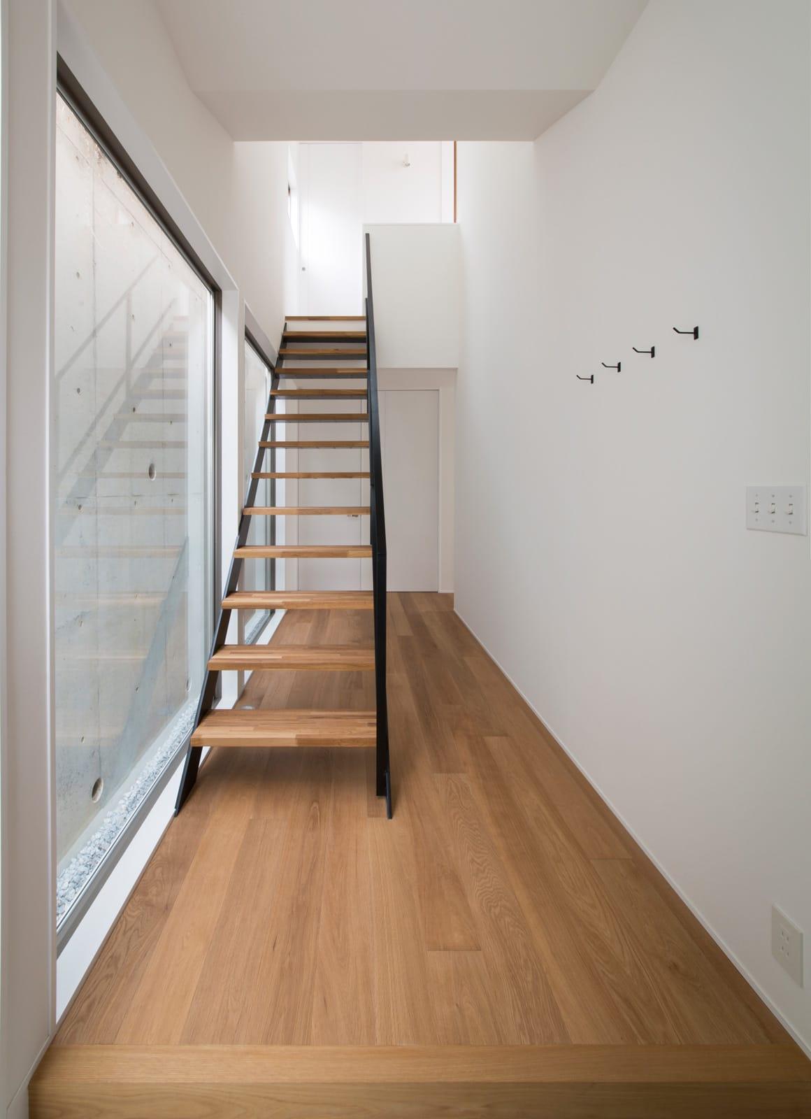 塩屋 No.1 ハウスの階段(鉄骨製)1