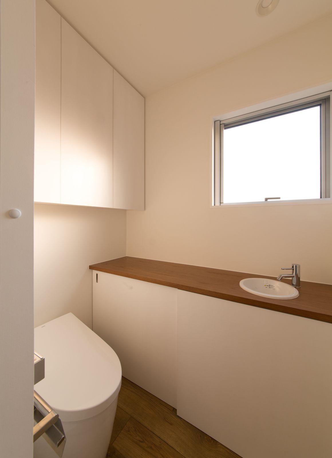 秘密の花園ハウスのトイレ1