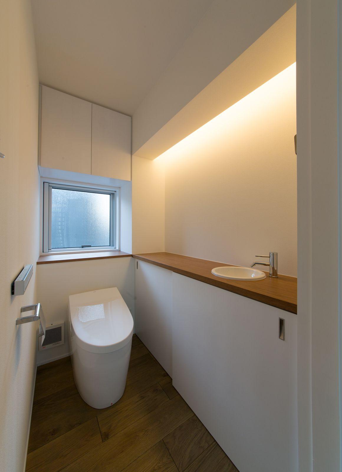 秘密の花園ハウスのトイレ2