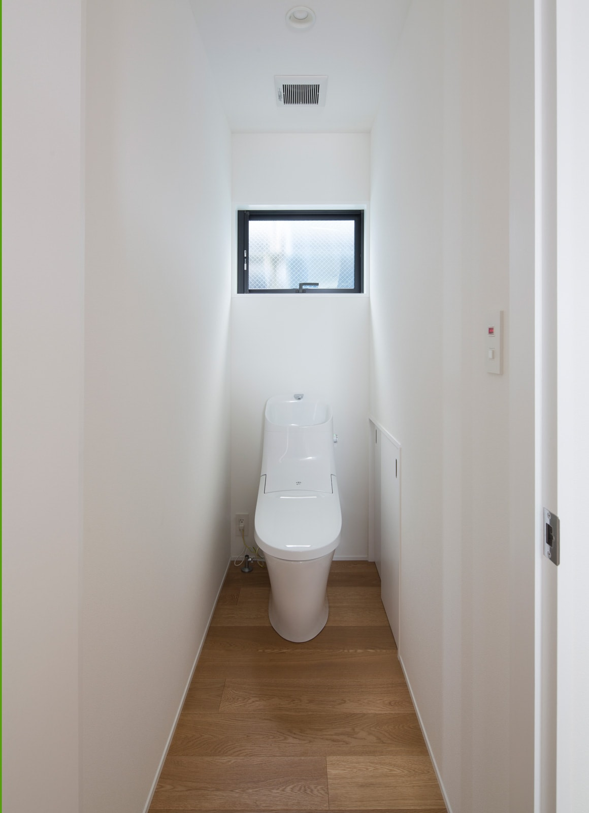 ベーシックインナーテラスハウスのトイレ1