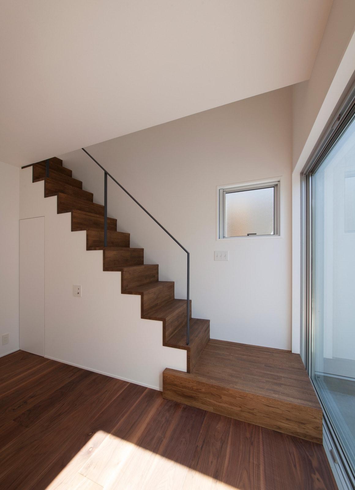内外の家の階段(木製)1