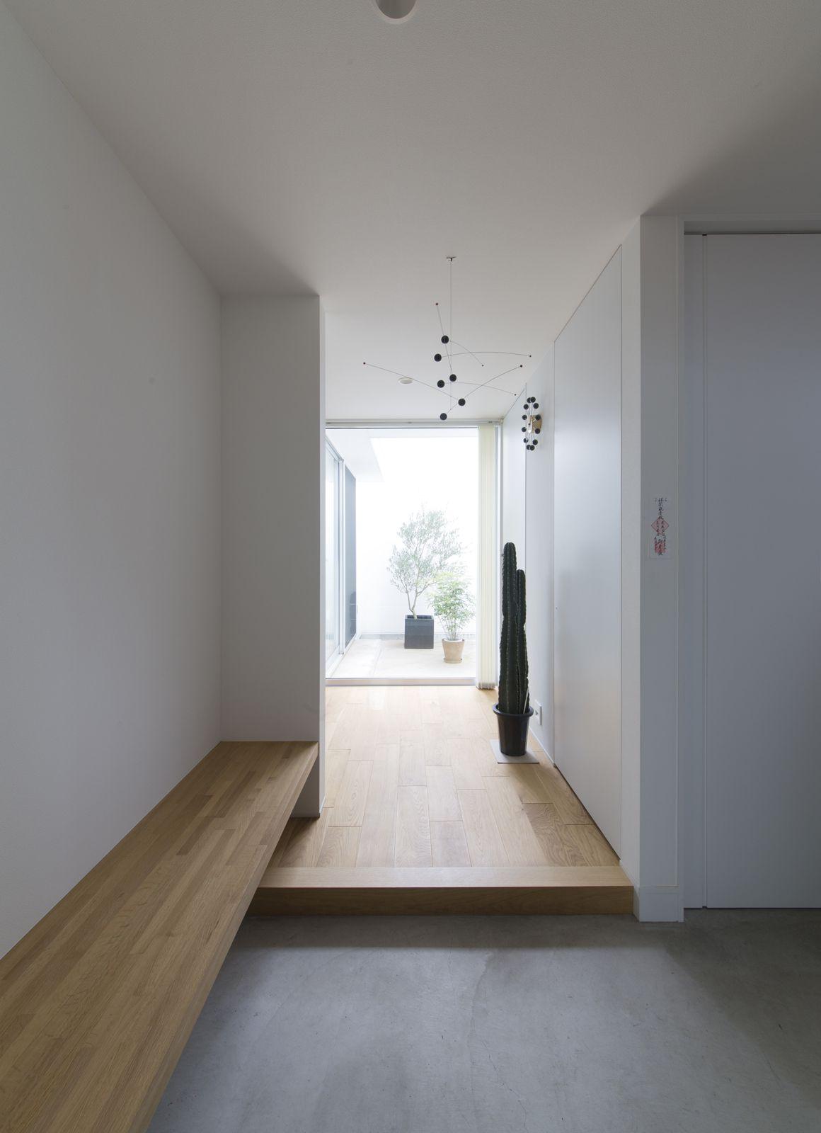 ヒマリハウスの玄関(土間・ホール)3