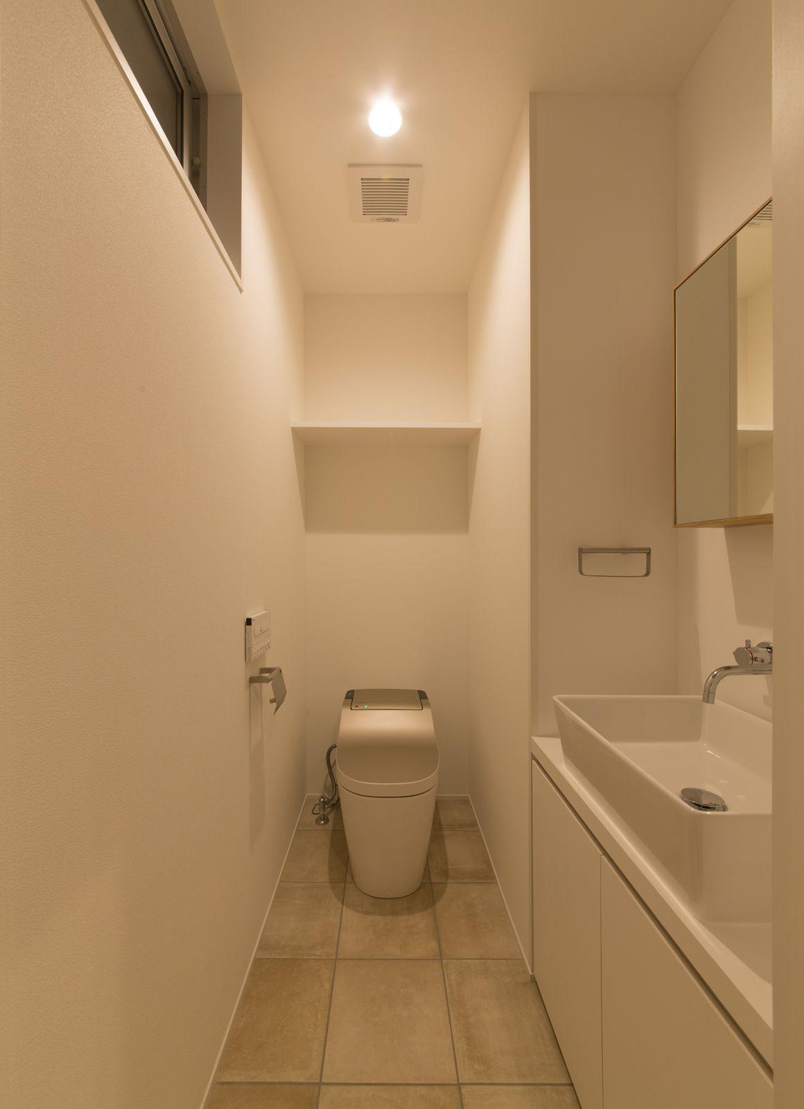 ヒマリハウスのトイレ2