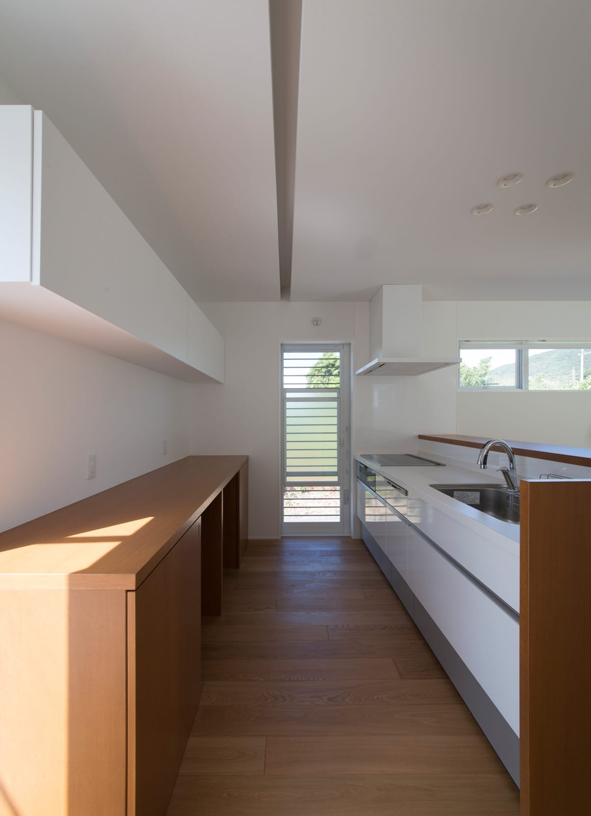 スクエアコートハウスのキッチン1