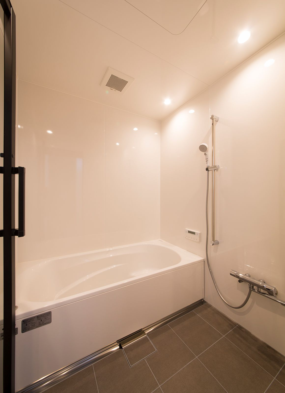 ルンバブルハウスの浴室・洗面室3